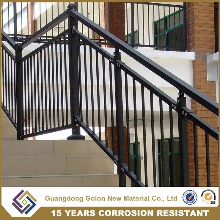 Wought Iron Metal Steel Aluminium Staircase Railing Handrail Balustrade pictures & photos
