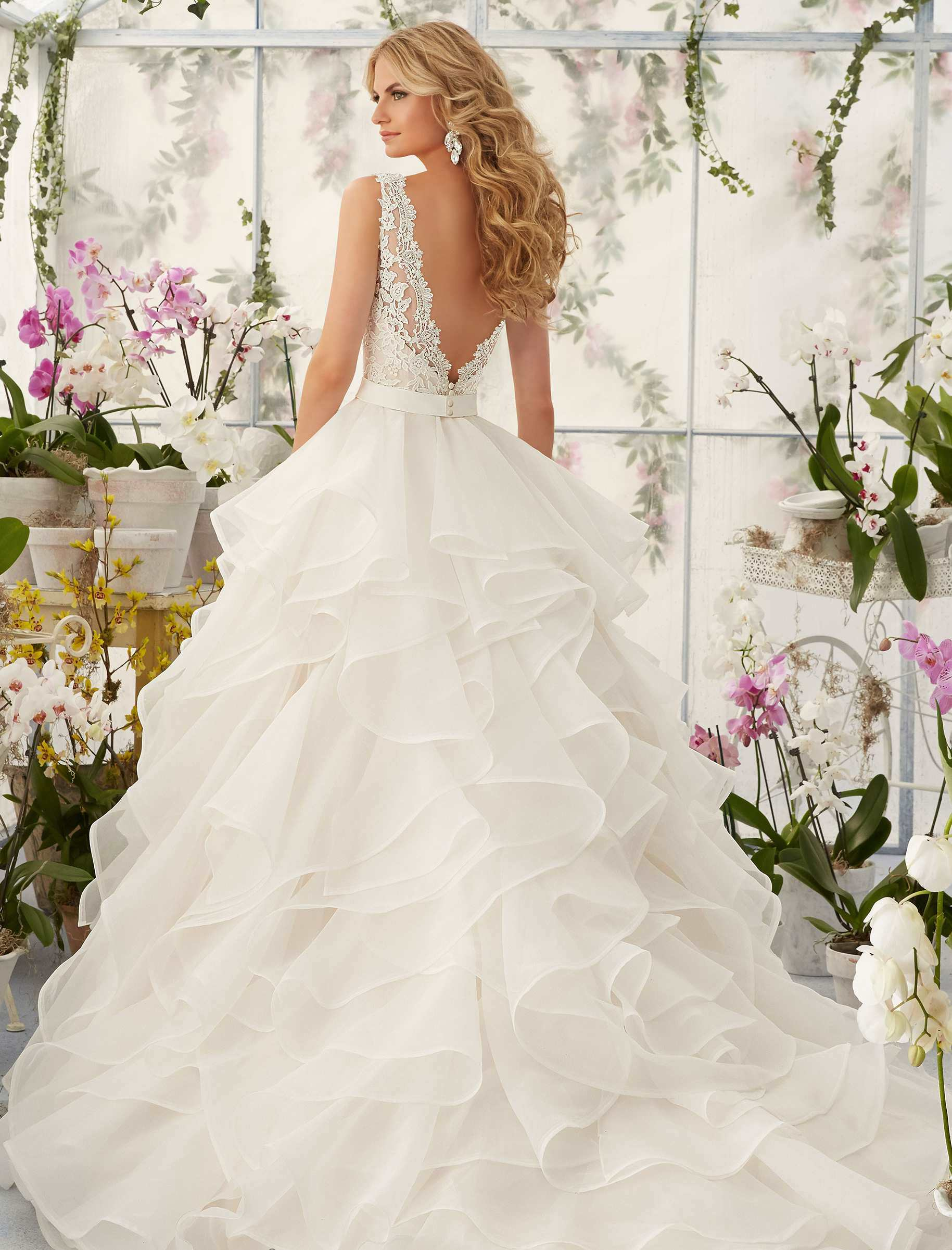 Cascading Ruffles Bridal Ball Gown V Neck Lace Organza Wedding Dresses  Mrl2805