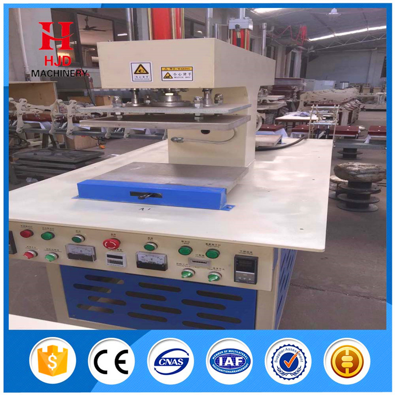 High Quality T-Shirt Garment Embossing Machine pictures & photos