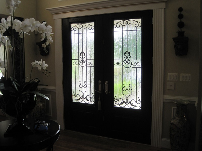 China Residential Exterior Security Doors Withtempered Glass Uid