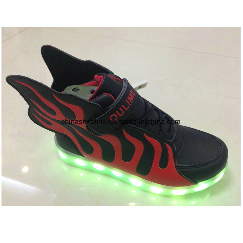 Children′s Fashion Sport Casual Shoes with LED Lights Sneakers, Joggers pictures & photos