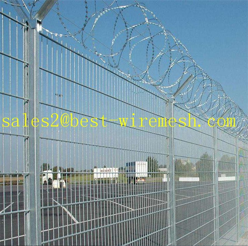 China Anti Climb Security Airport Fence with Razor Barbed Wire Top ...