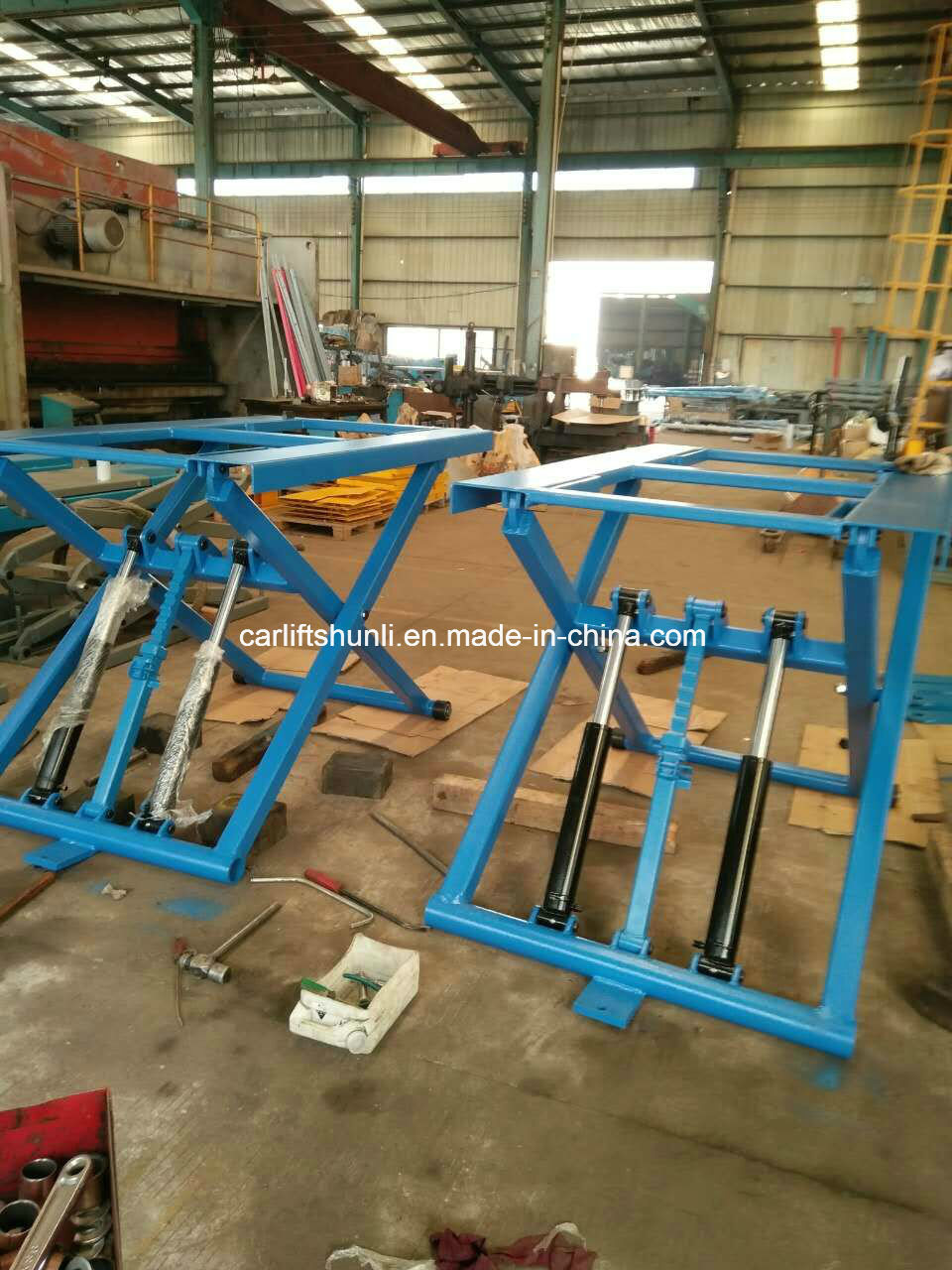 Hot Portable Low Ceiling Car Lift