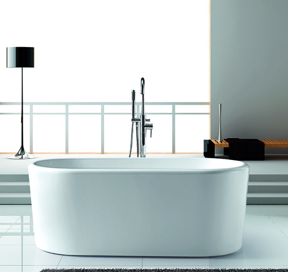 China Acrylic Freestanding Bathtub with Stainless Steel Frame ...