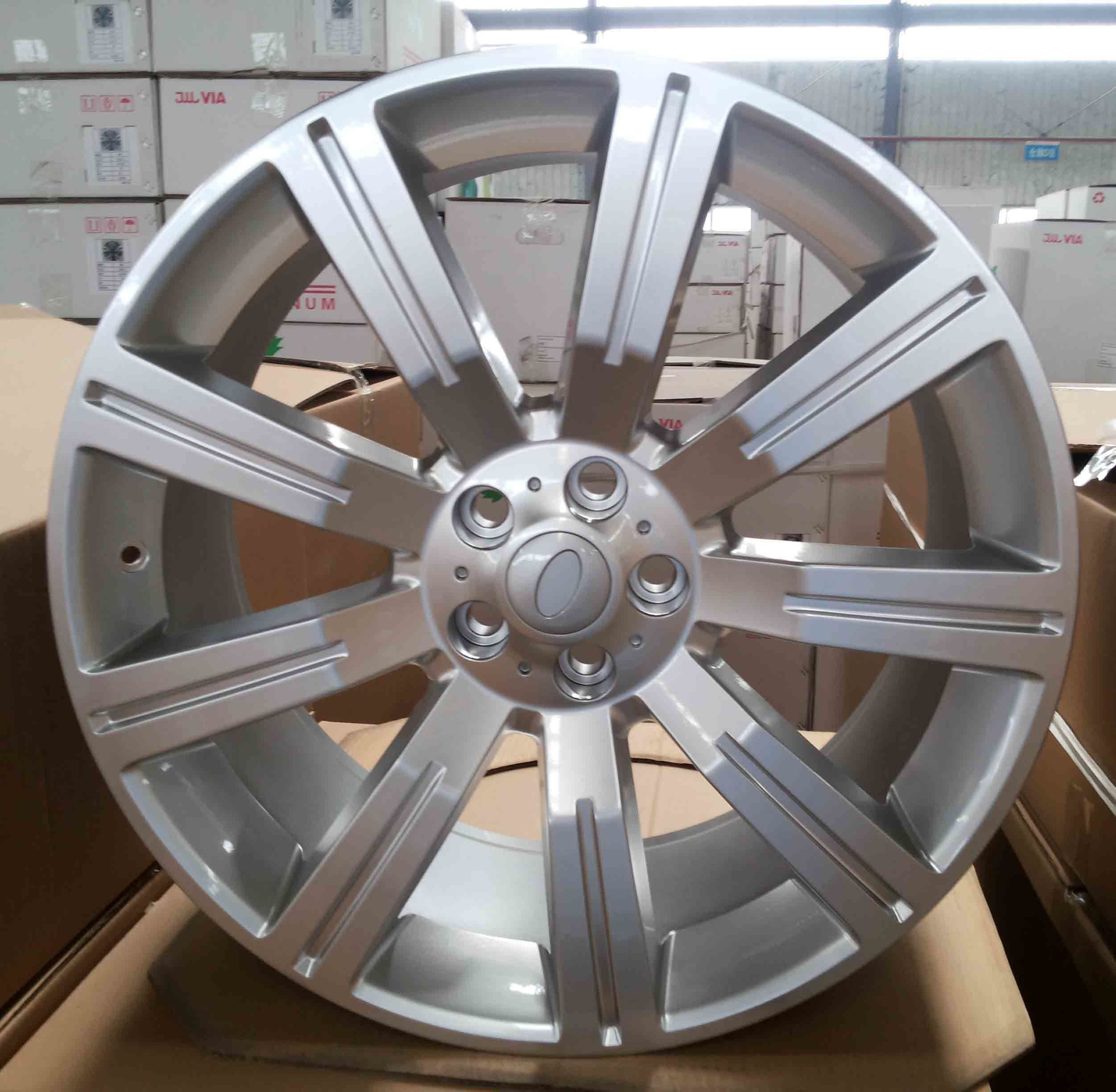 Replica Land Rover Alloy Wheel (HD517)