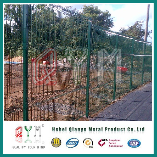 China 3D Welded Mesh Panel Fence/ PVC Coated Metal Wire Fence Panels ...