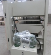 Hydraulic Hot Press for Woodworking pictures & photos