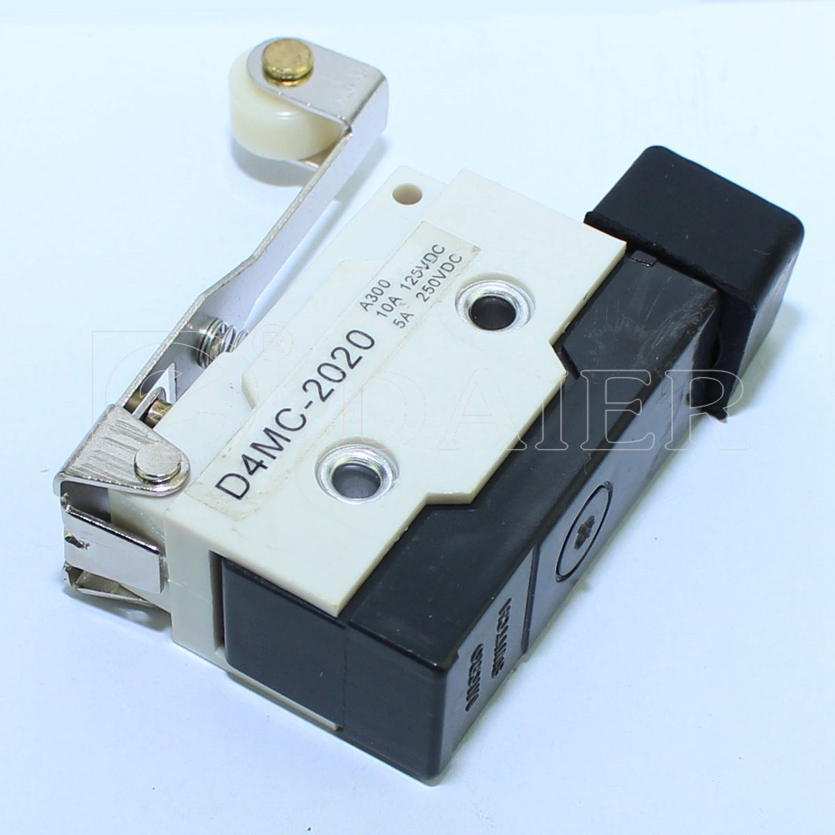 China Lever Waterproof Micro Switch On Off With Roller Photos