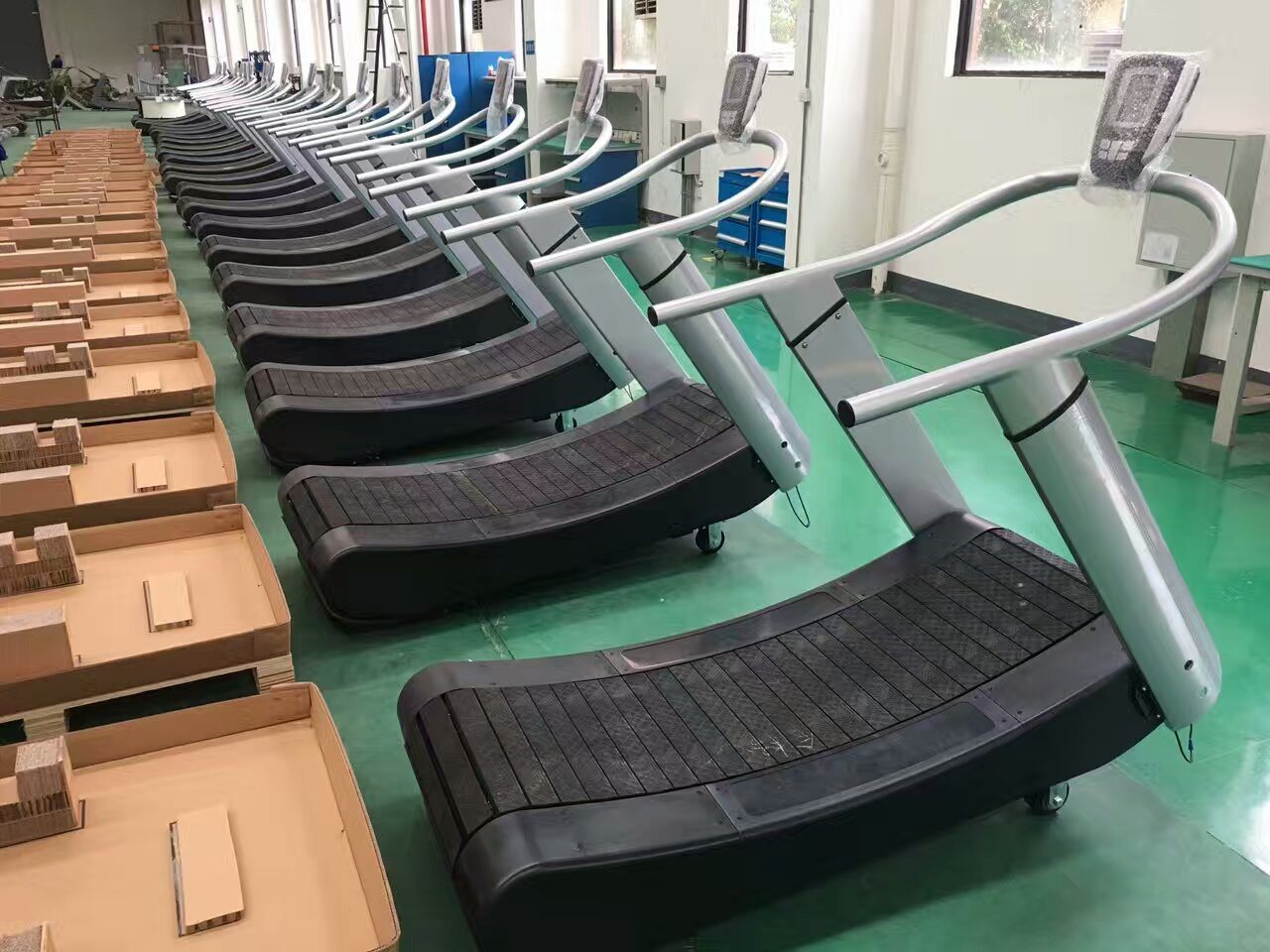 Popular Self-Generating Woodway Curve Treadmill (SK-01)