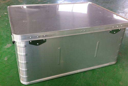 Aluminum transport boxes