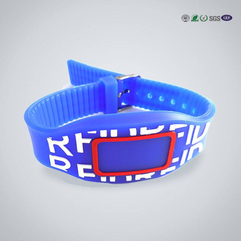 Best Selling Ntag203/213/216 RFID Silicone /Fabric Wristband pictures & photos