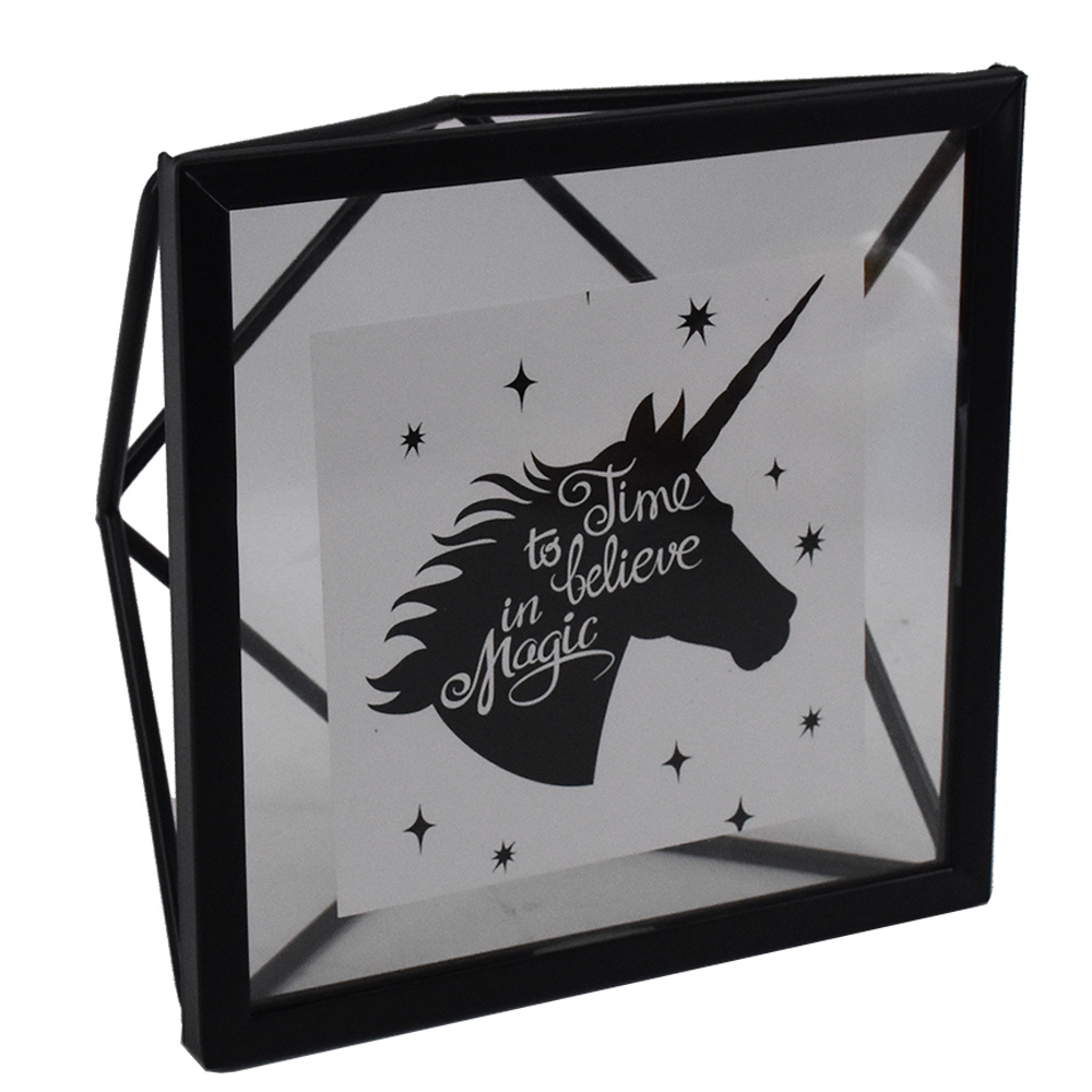 Decorative Modern Minimalist Creative Black Metal Photo Frame pictures & photos