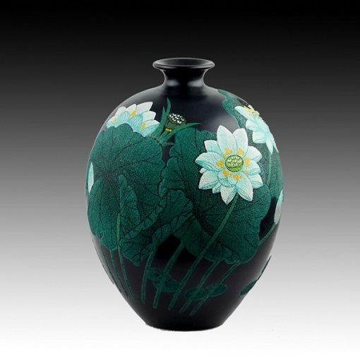 China Lacquer Drawing Colorful Black Pottery Vase Ceramic Vase