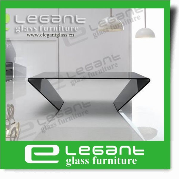 Clear Glass Center Table with Tempered Glass Shelf pictures & photos