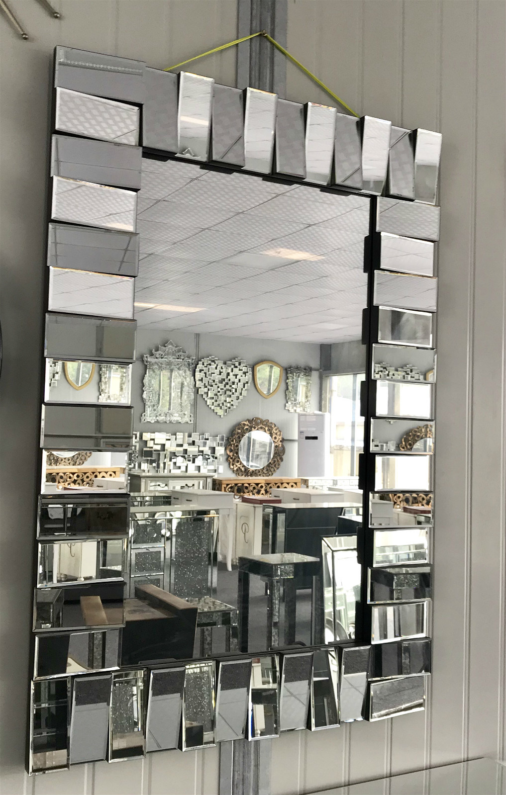 China 3d Stylish Dressing Glass Mirror Decor Wall Mirror For Bathroom Photos Pictures Made In China Com