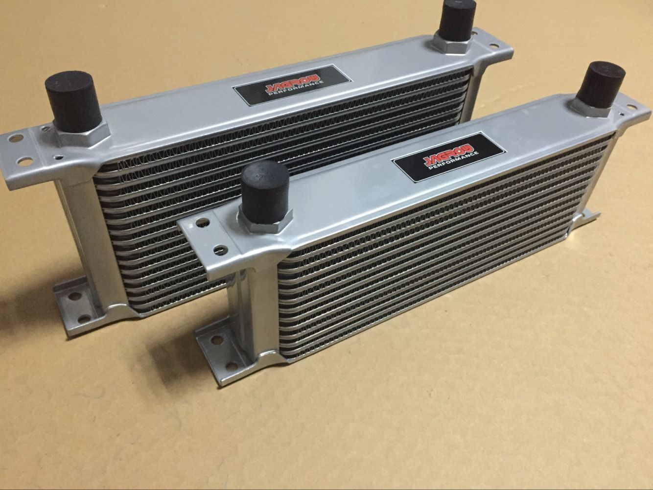 NEW OIL COOLER CORE 10 ROW 248MM AN8 MALE FITTING ALLOY RADIATOR SILVER
