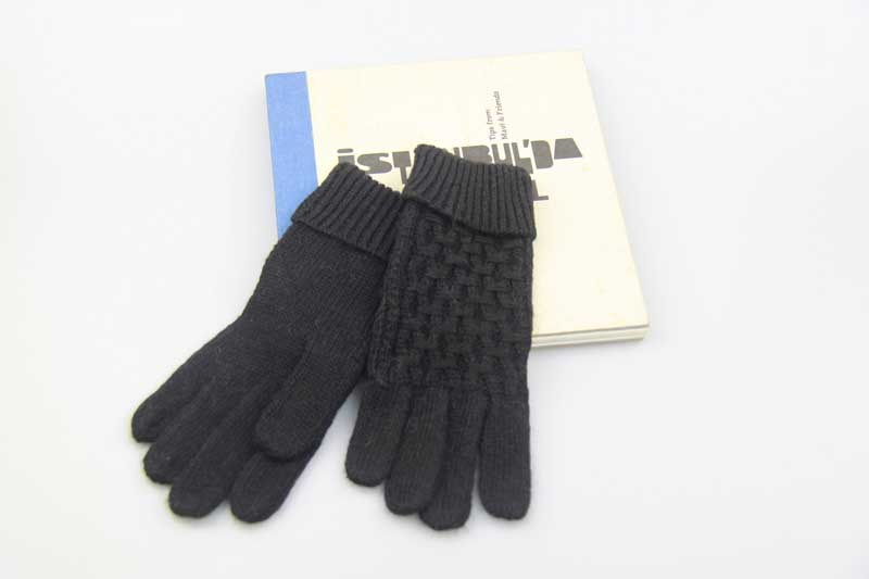 06d94cc80 China Acrylic Knitted Gloves, Black Embroidered Knitted Gloves, Women Full  Finger Winter Gloves - China Acrylic Gloves, Women Full Finger Gloves