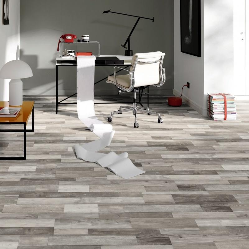 China 5mm Interlocking Pvc Luxury Vinyl Floor Tiles Flooring Spc