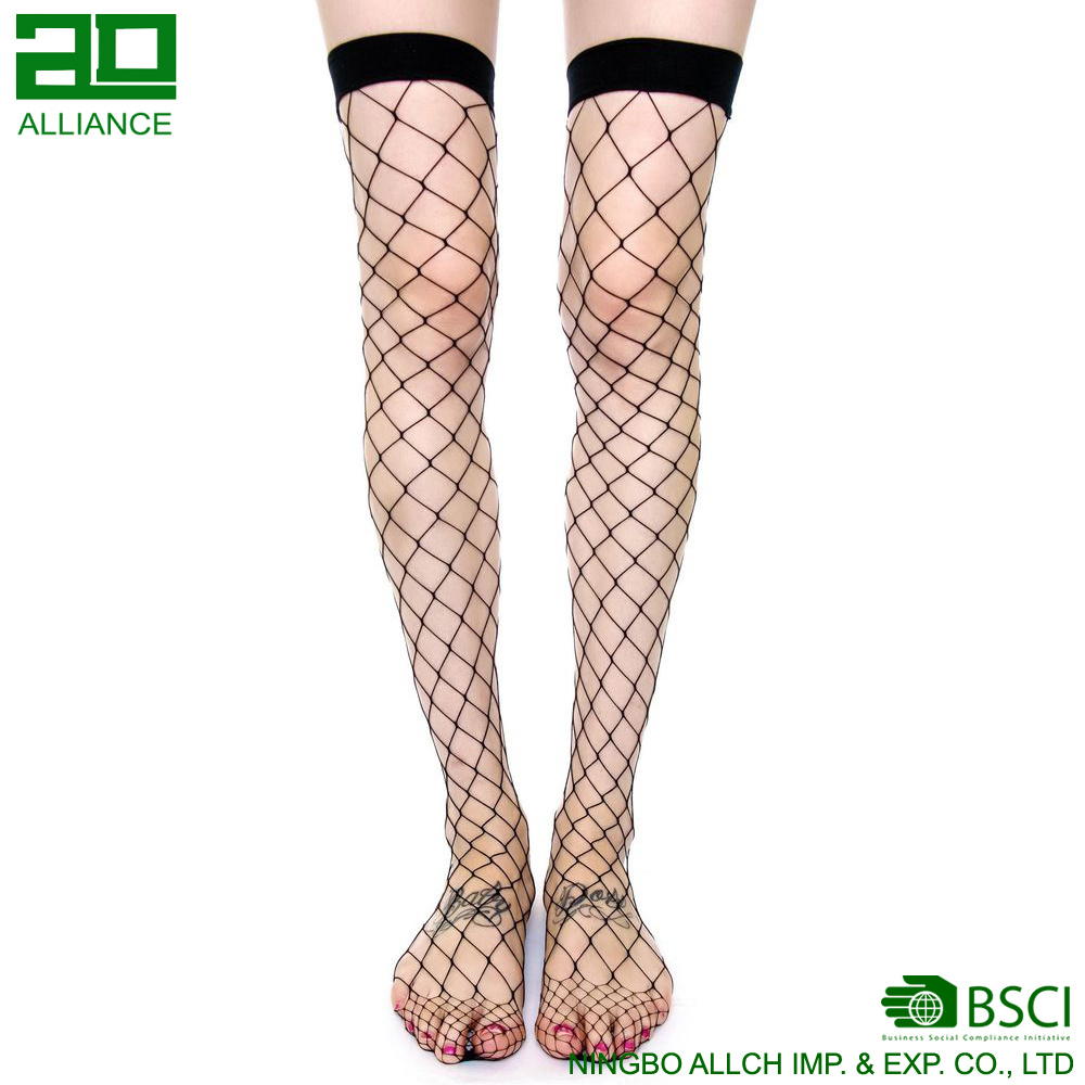 e659919a1 China Hot Fashion Thigh High Sexy Fishnet Custom Stockings Socks - China Stockings  Socks