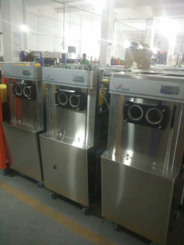 Stainless Steel Soft Ice Cream Machine Frozen Yogurt Machine pictures & photos