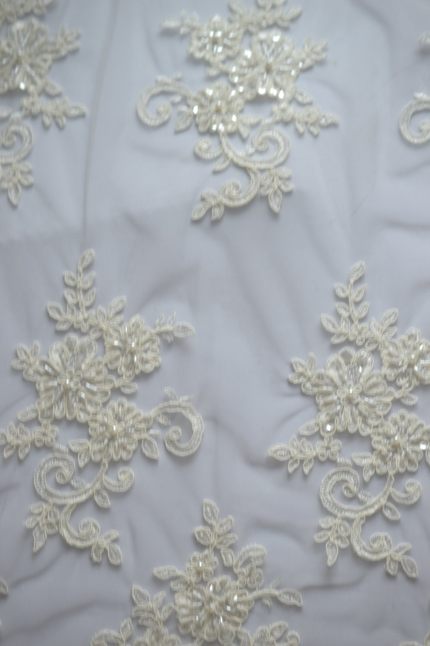 China Factory Wholesale Bridal Dress Lace Fabric with Beaded ...
