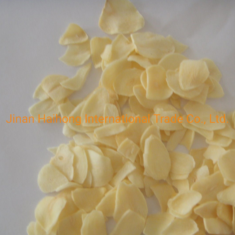 Lowest Price Stock Grade a White Garlic Flakes pictures & photos