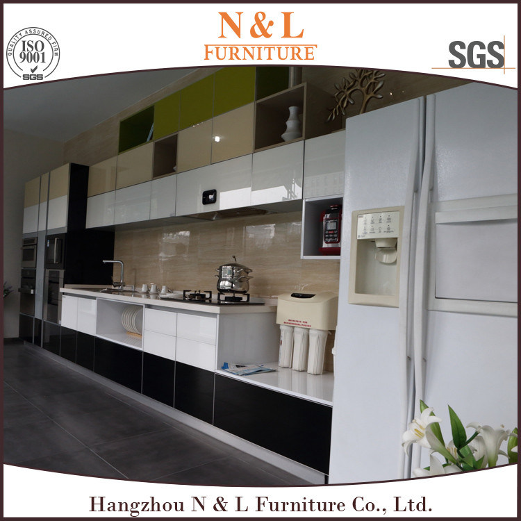 Gray Color High Gloss Lacquer Kitchen Cabinet Design pictures & photos