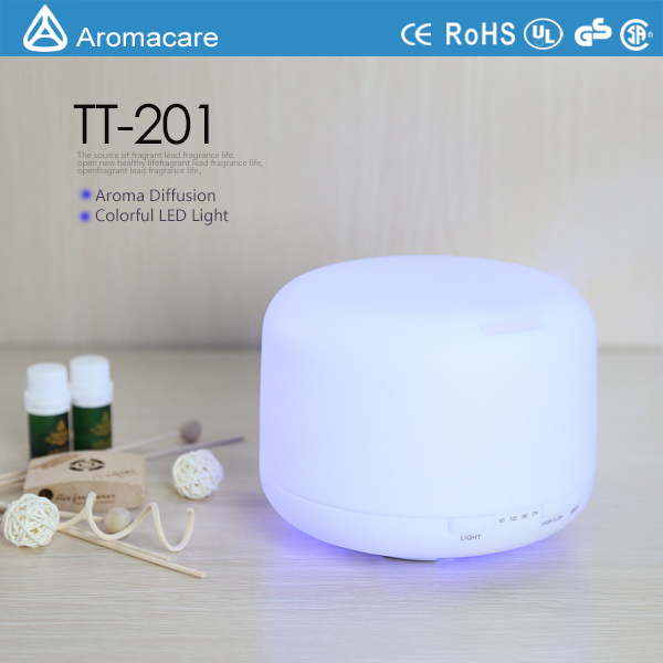 500ml Aroma Oil Diffuser with 4 Timer Settings 7 LED Color Changing Lamps pictures & photos