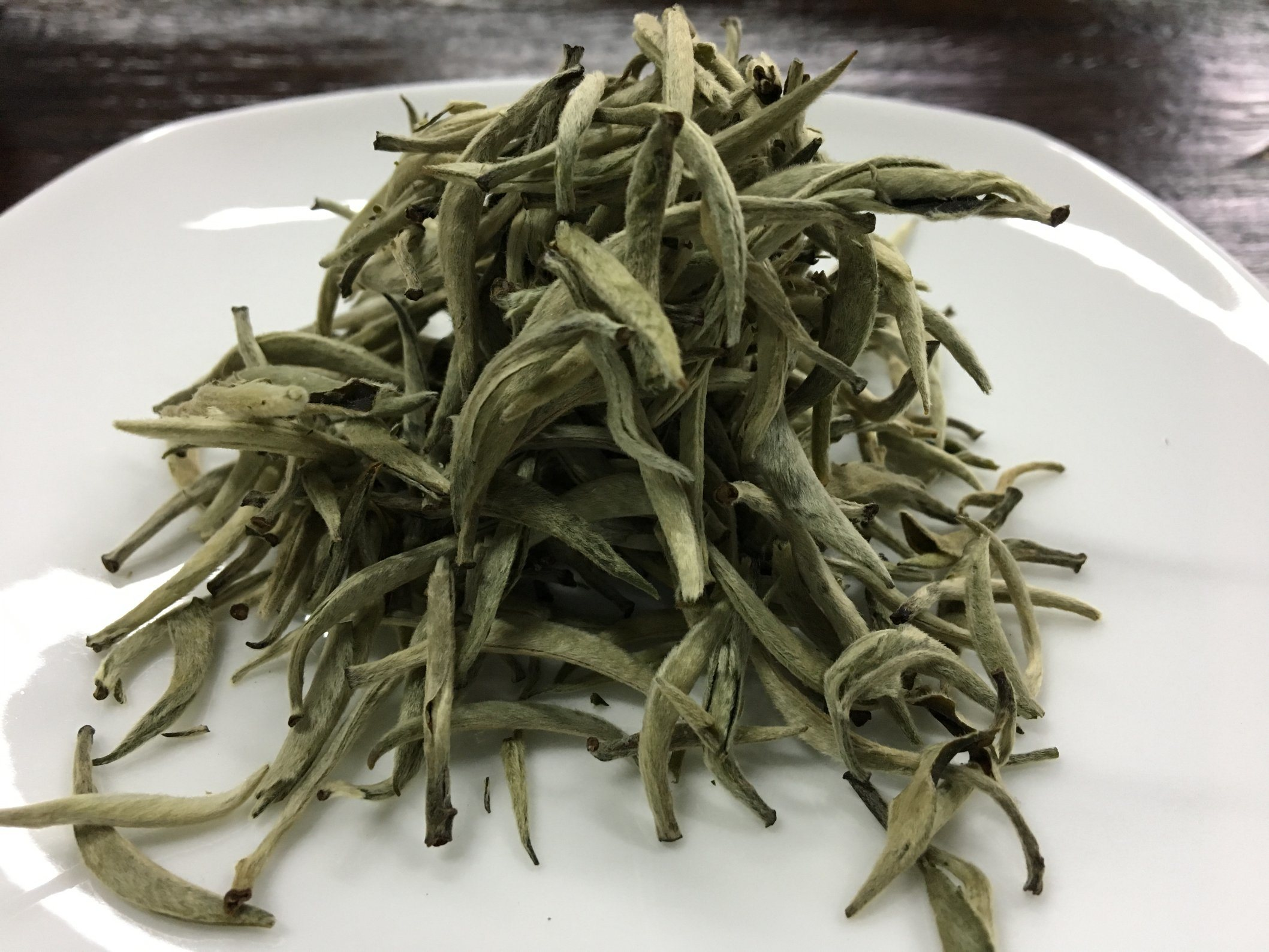 China Tea EU Standard Bai Hao Silver Needle Chinese White Tea