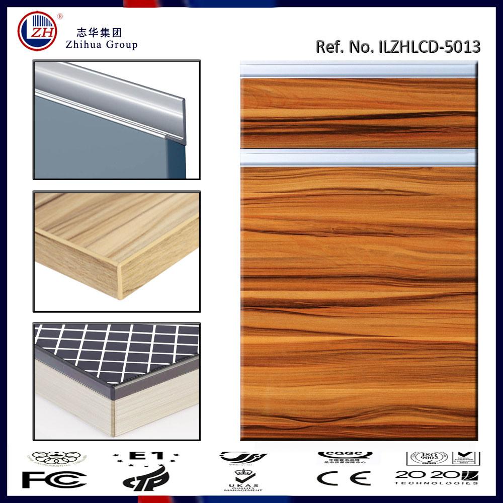 China UV High Gloss MDF Wood Grain Kitchen Cabinet Door