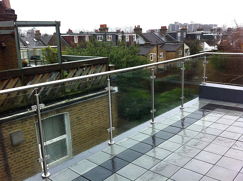 China Stainless Steel Glass Railing Designs For Exterior China Rail Railing Design