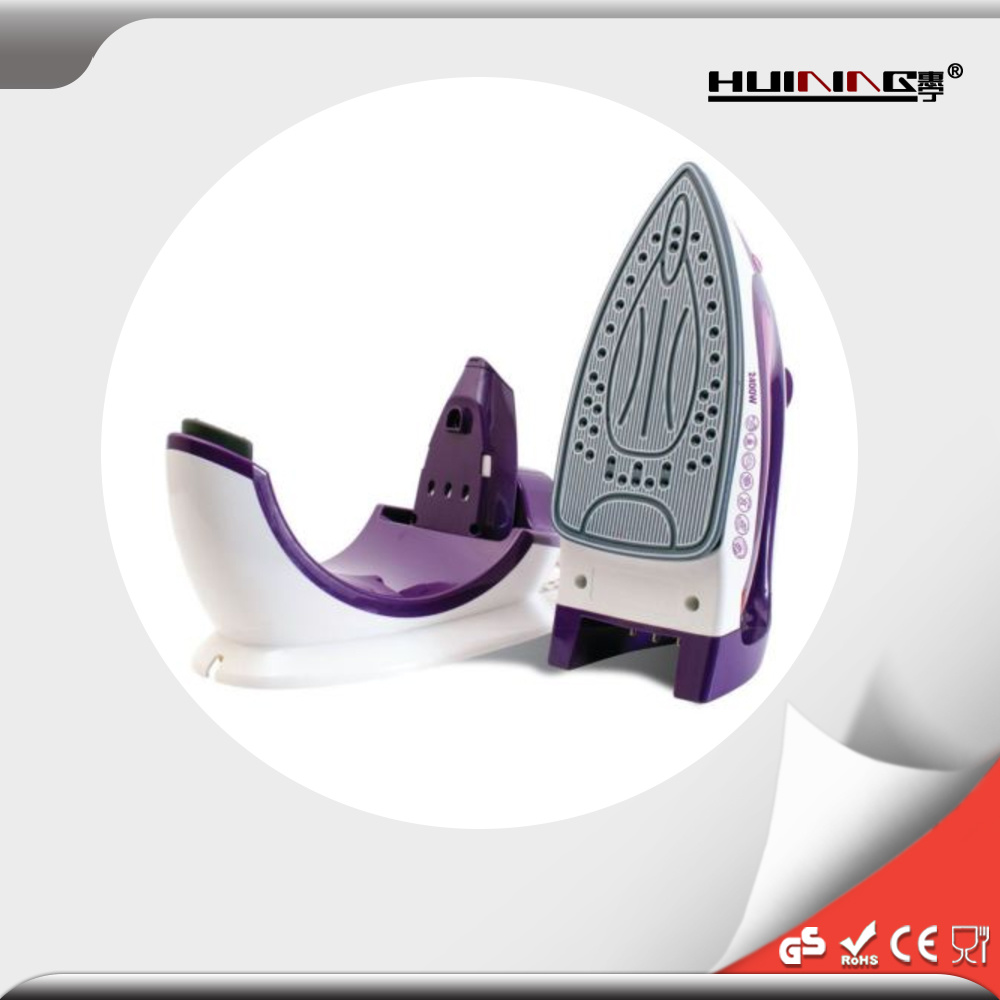 High Quality Wholesale Electrical Fashion Design Steam Iron pictures & photos