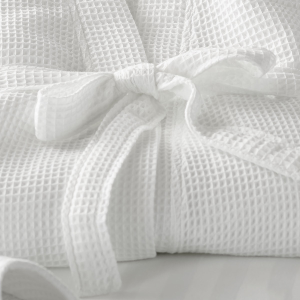 6f38c4dd56 China Luxury Comfortable Full Size 100% Cotton Waffle Hotel Robes ...