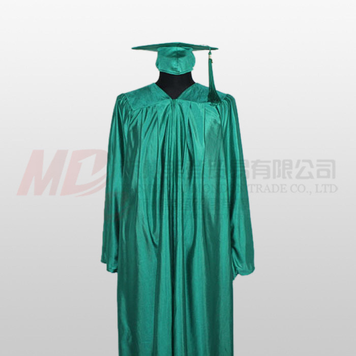 China Shiny Kelly Green High School Graduation Cap Gown - China ...