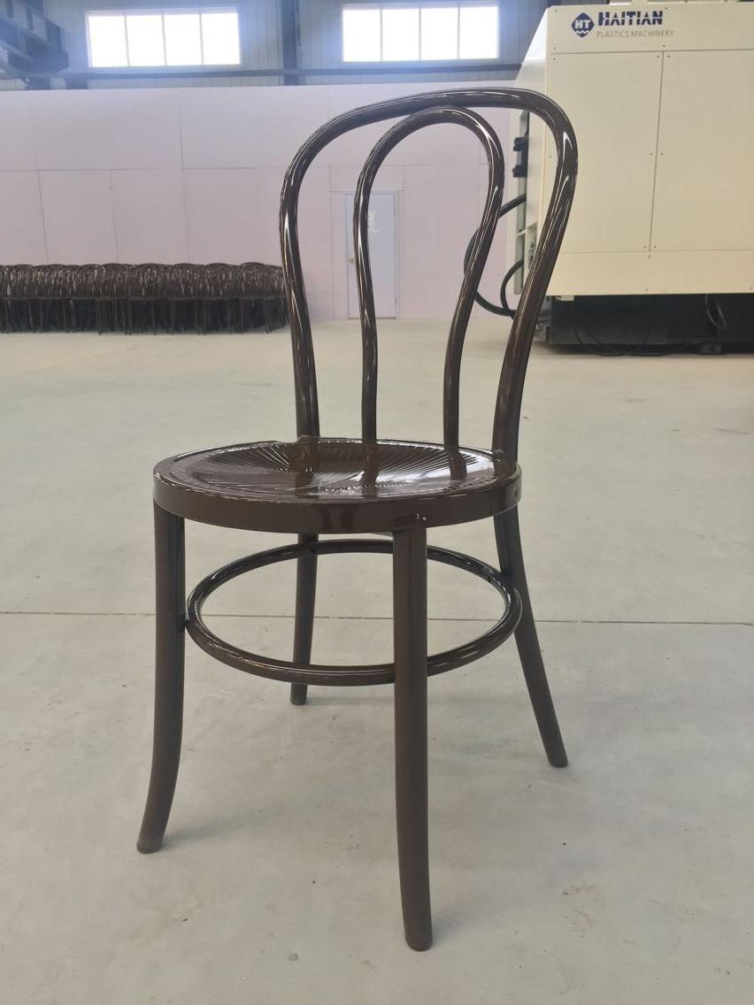 Hot Item Stackable Fruit Chestnut Resin Thonet Chair