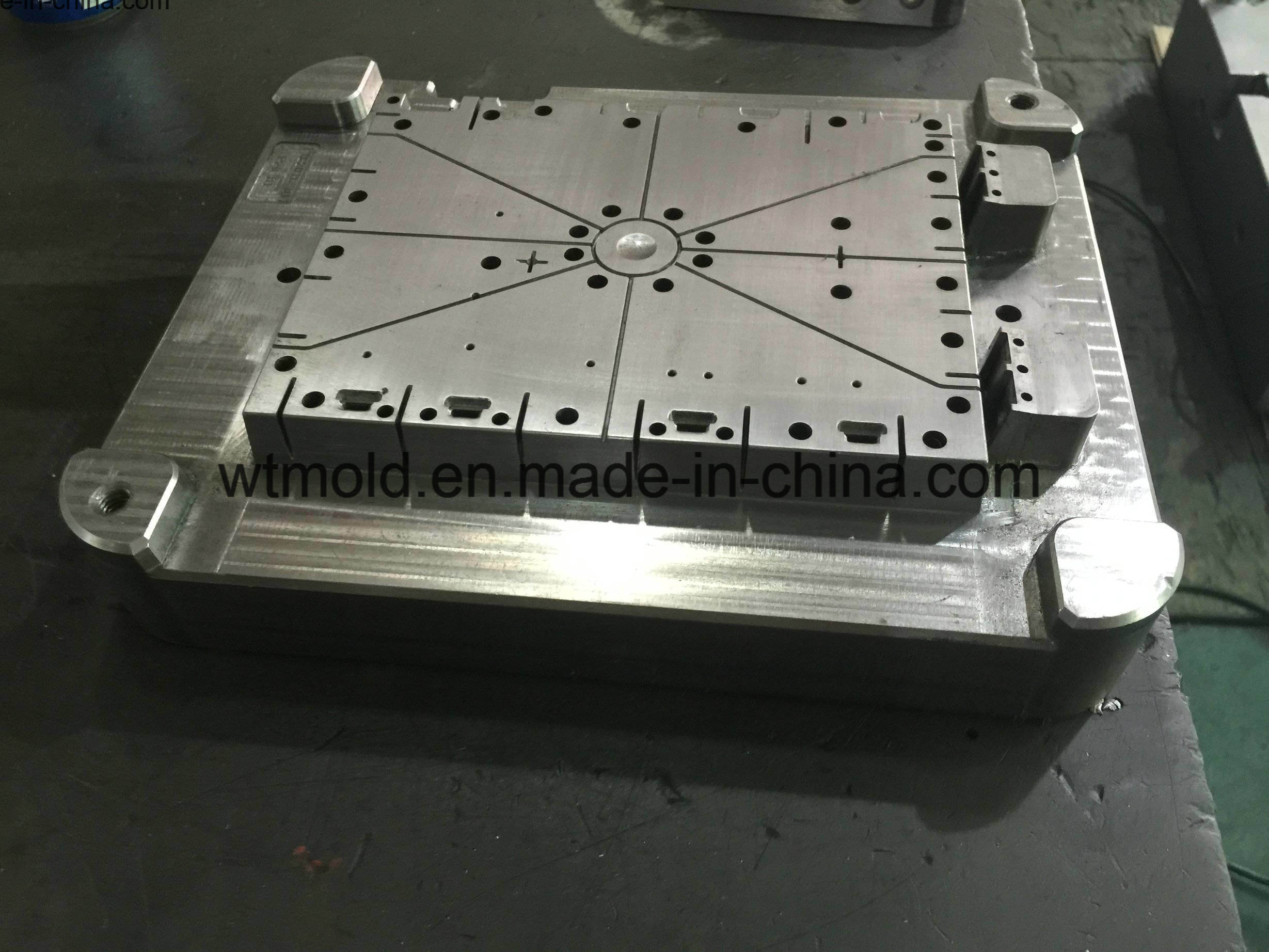 Export Europe Standard H13 P20 S136 718h Tooling for Plastic Injection  Molding