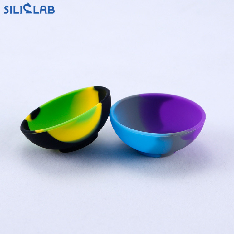 Food Grade Silicone Smoking Tobacco Accessories Water Pipe Containers pictures & photos