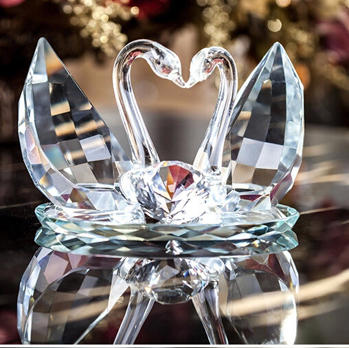 Beautiful Crystal Swan for Wedding Gift & China Beautiful Crystal Swan for Wedding Gift - China Crystal Swan ...