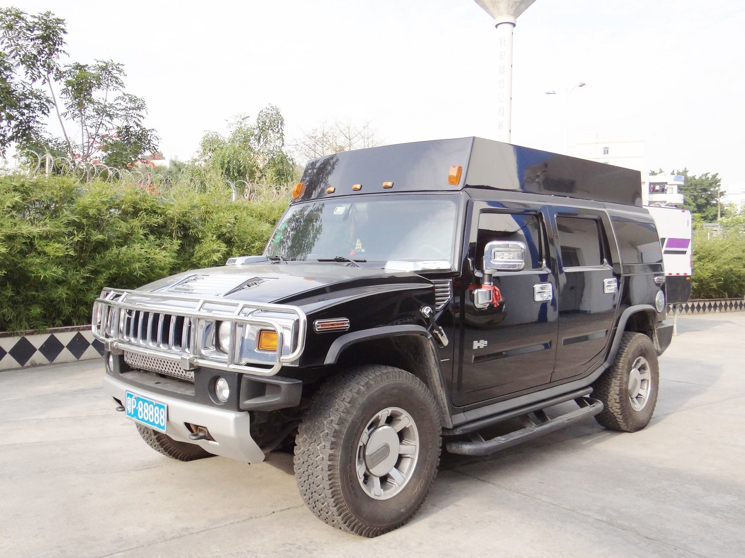 [Hot Item] Hummer Type Vehicle-Mounted Wireless Jammer Device for Police | hummer type vehicle