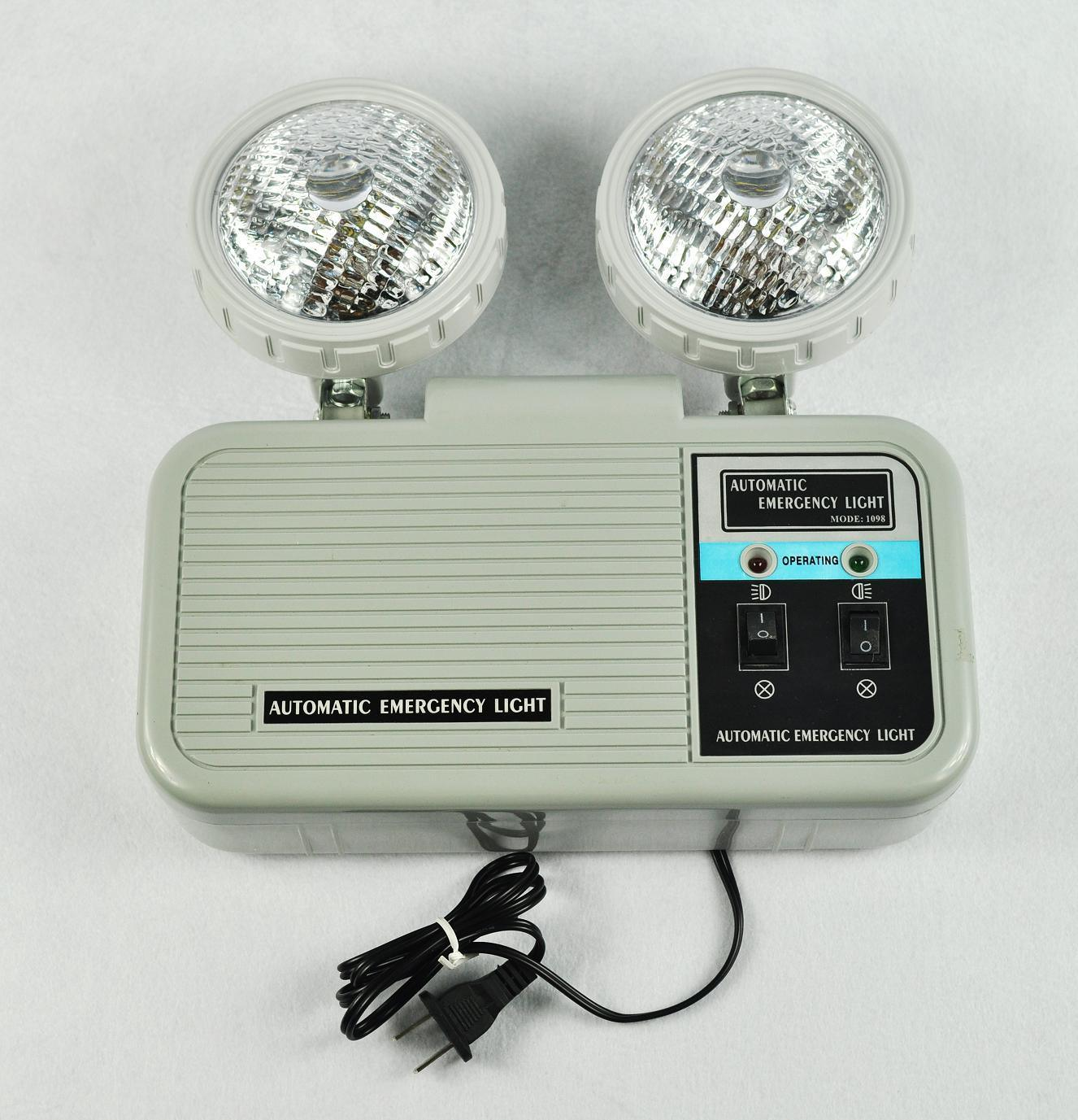 China 2x5w Twin Spot Rechargeable Lamp Emergency Led Light Low Cost Automatic Ligh Spots