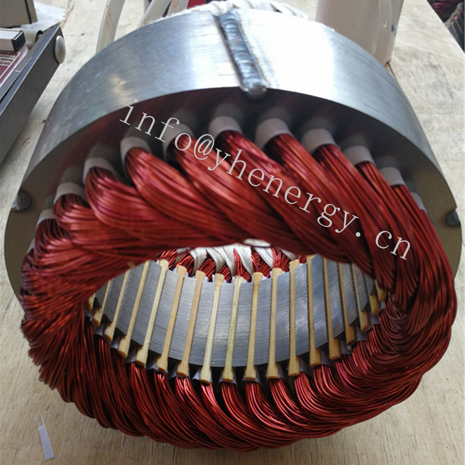 Wind or Water Hydro Turbine Permanent Magnet Generator Alternator pictures & photos