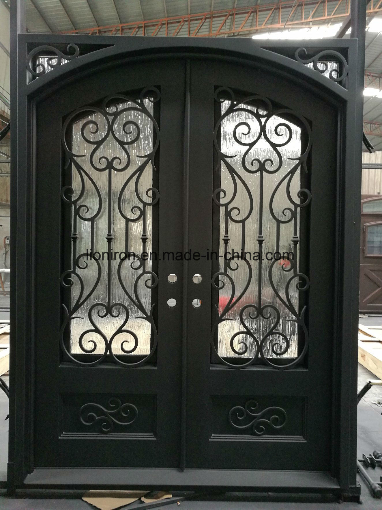 China Forged Custom Exterior Double Wrought Iron Entry Door Designs