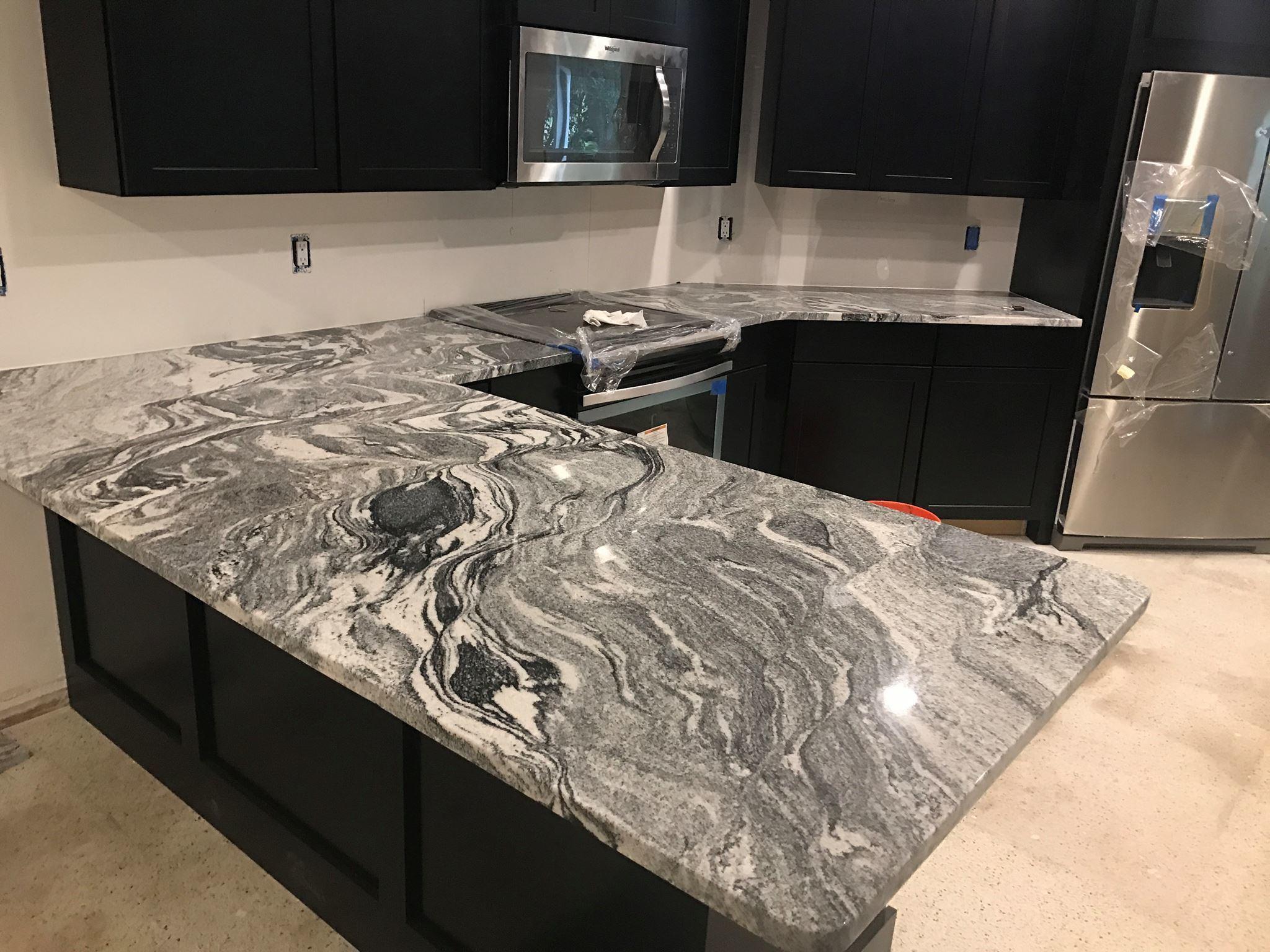 China Carrara Quartz Countertop Calacatta Quartz