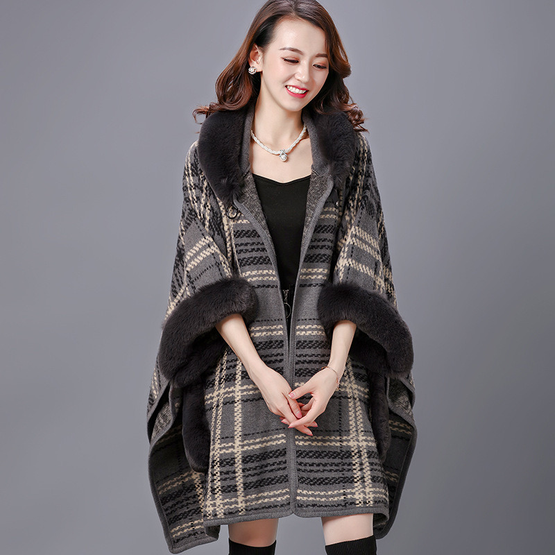 Winter Checked Plaid Fur Shawls Coat Cape Poncho pictures & photos