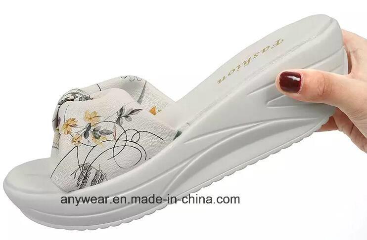 f96aec47d87b China Women Slipper Shoes Ladies Flip Flop Sandal (536) - China Slipper