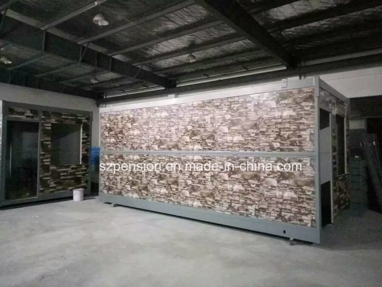 Big Sale New -Type Folding Mobile Prefabricated/Prefab Container House for Warehouse pictures & photos