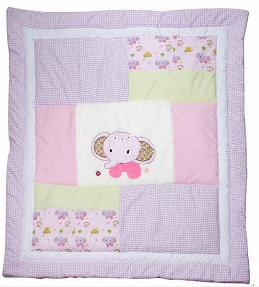 China Little Quilt Patchwork With Pink Elephant Applique For Baby