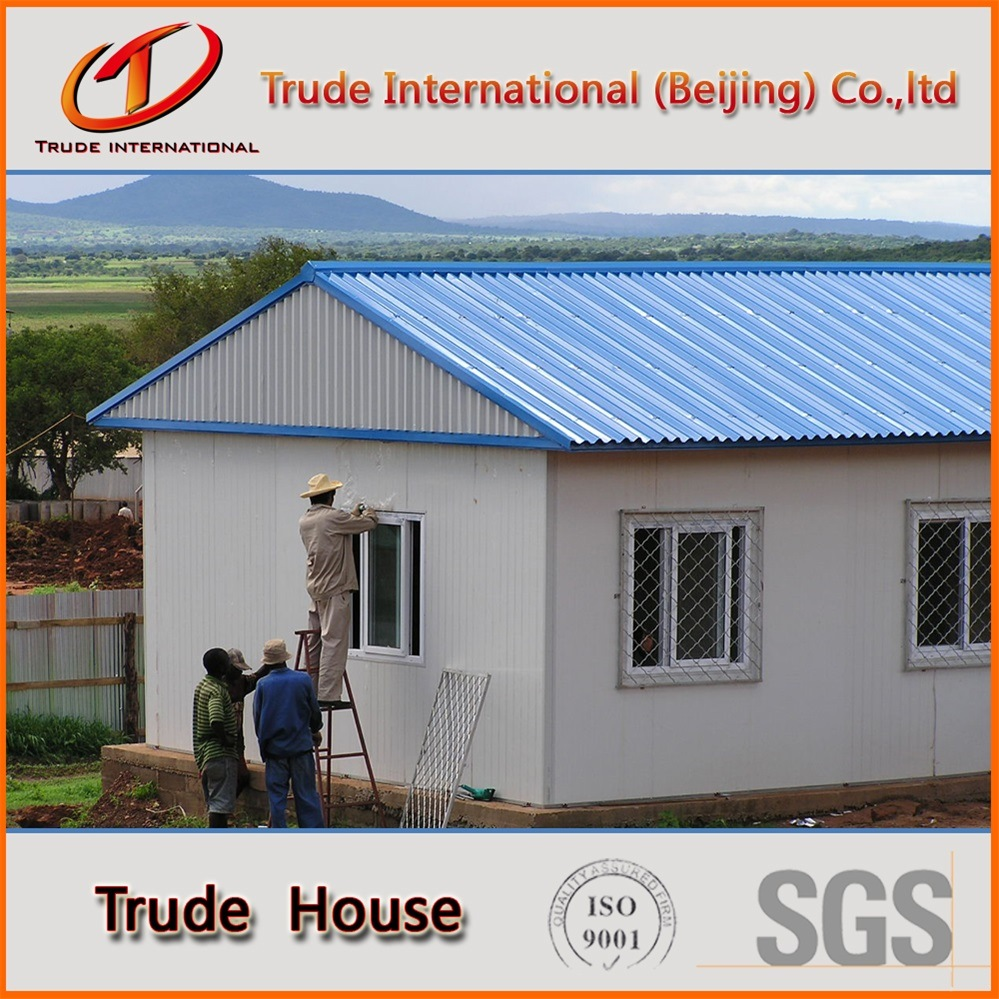 Prefabricated/Mobile/Modular Building/Prefab Color Steel Sandwich Panels Low Cost Family House