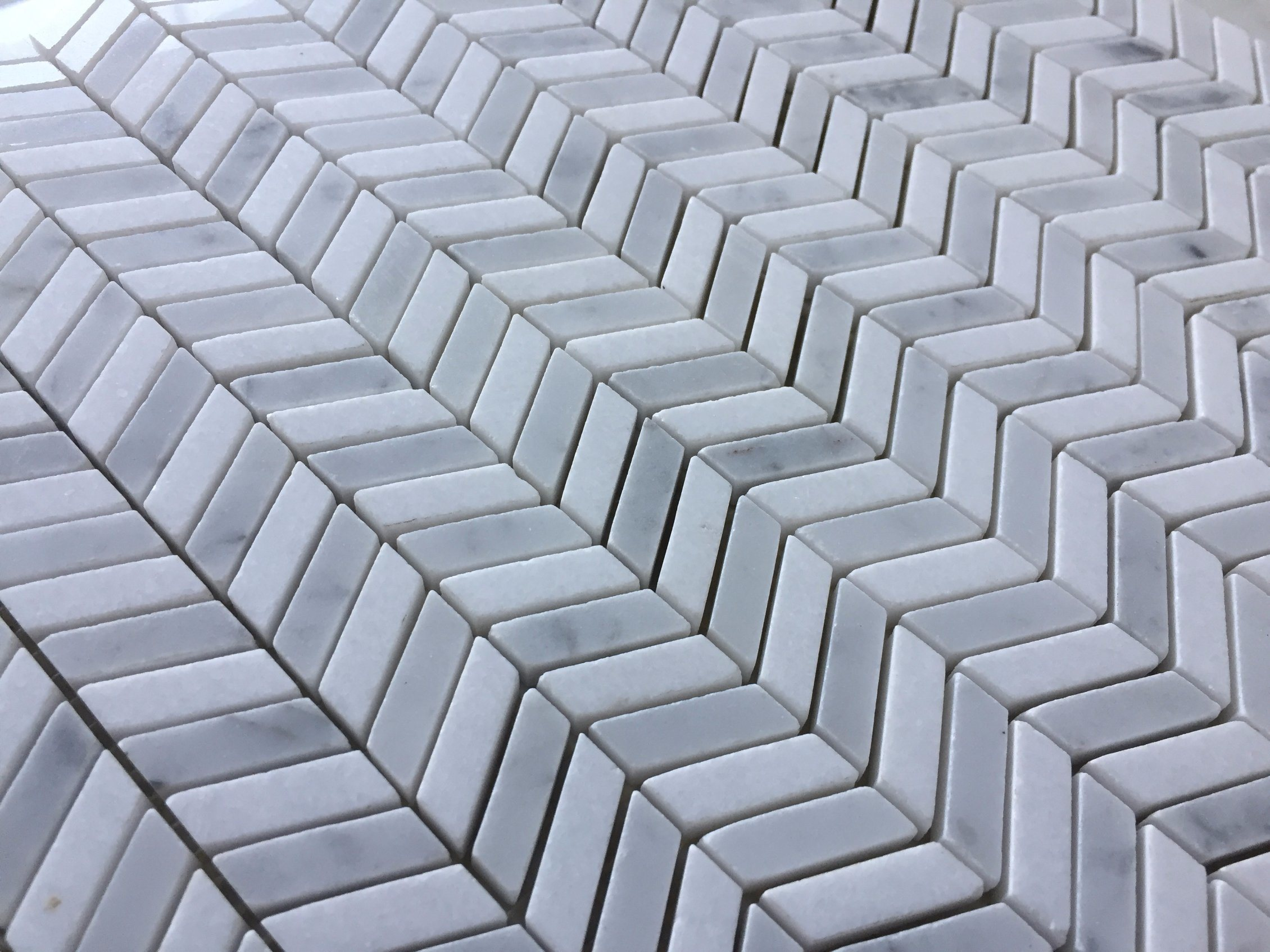 China Chevron Pattern Marble Mosaic Tile for Interior Wall and Floor ...