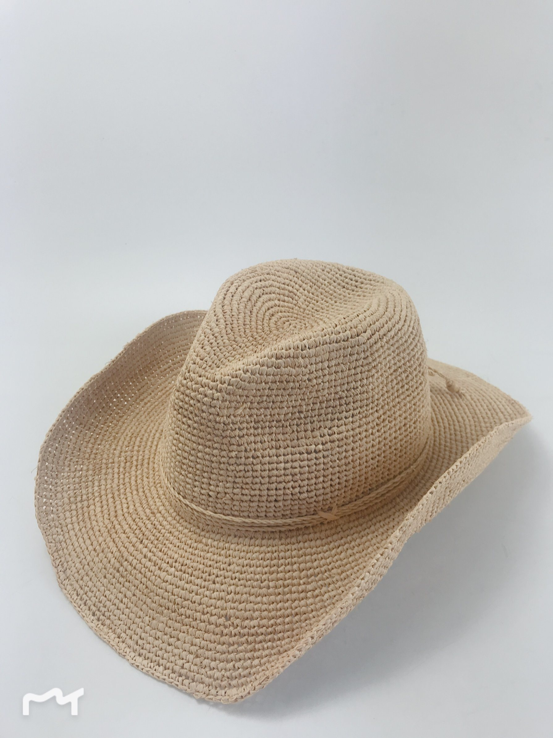 2846aae25 China 100% Natural Crocheted Raffia Straw with Beads Trim Cowboy Hat ...